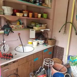 Lot # 79 Pick The Potting Shed