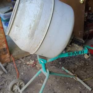 Lot # 52 Power Cement Mixer