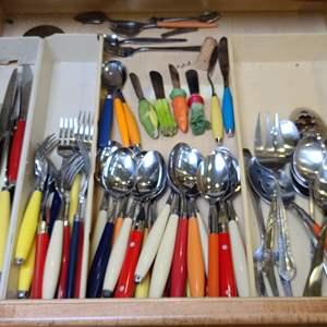 Lot # 100 Kitchen Utensils