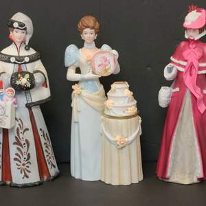 Lot # 115 Avon Presidents Club/Albee Award Figurines