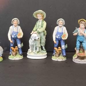 Lot # 118 Assorted Figurines