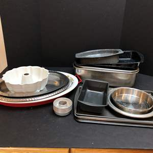 Auction Thumbnail for: Lot # 69 - Roasting Pans, Cookie Sheets & Serving Platters
