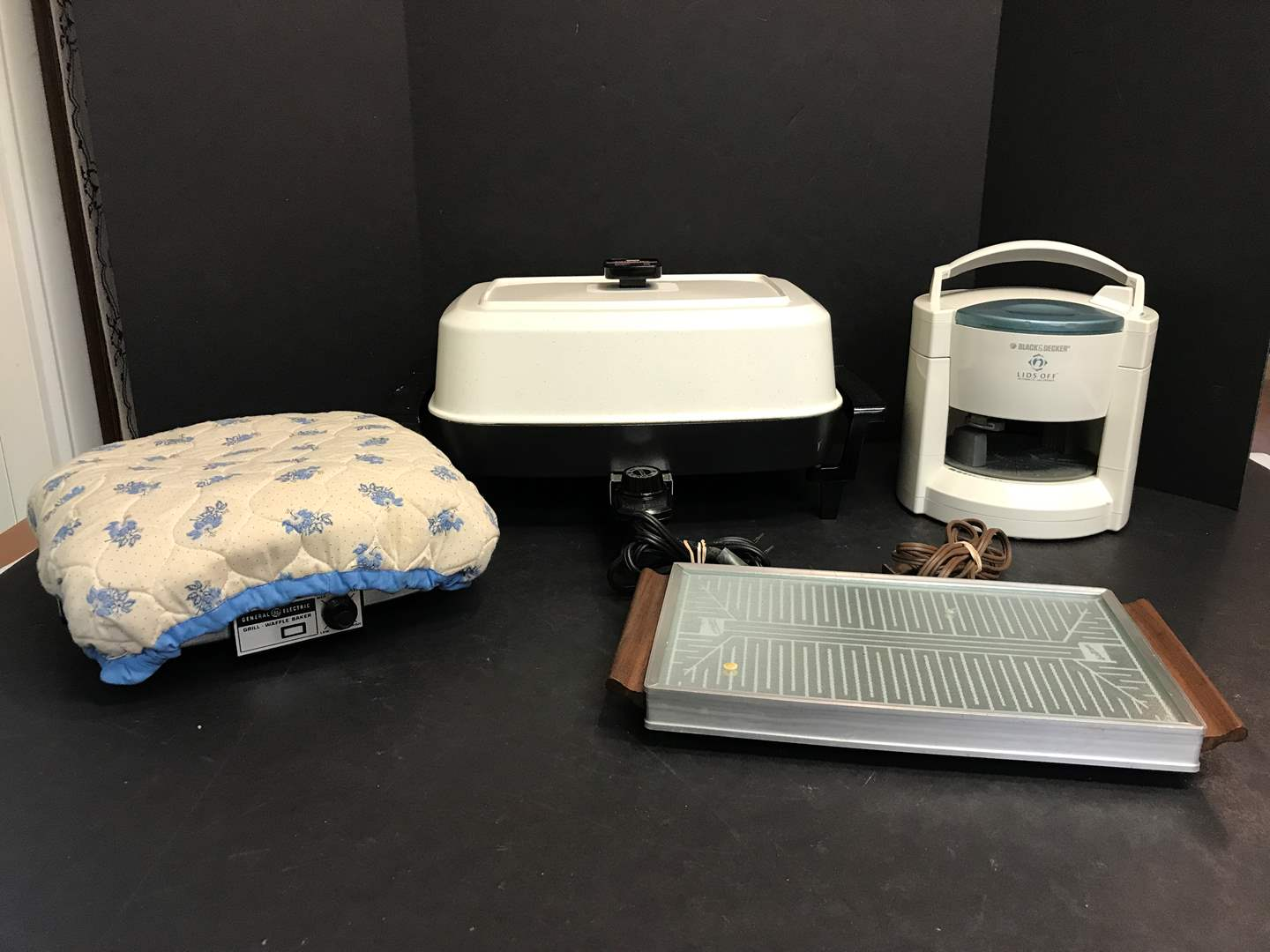 """Lot # 57 - Presto Electric Frying Pan, Hot Tray, Black & Decker """"Lids Off"""", General Electric Waffle Iron (main image)"""