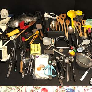 Lot # 63 - Lot of Kitchen Implements: Wood & Plastic Spoons, Candy Thermometer, Spatulas, Cheese Graders & More