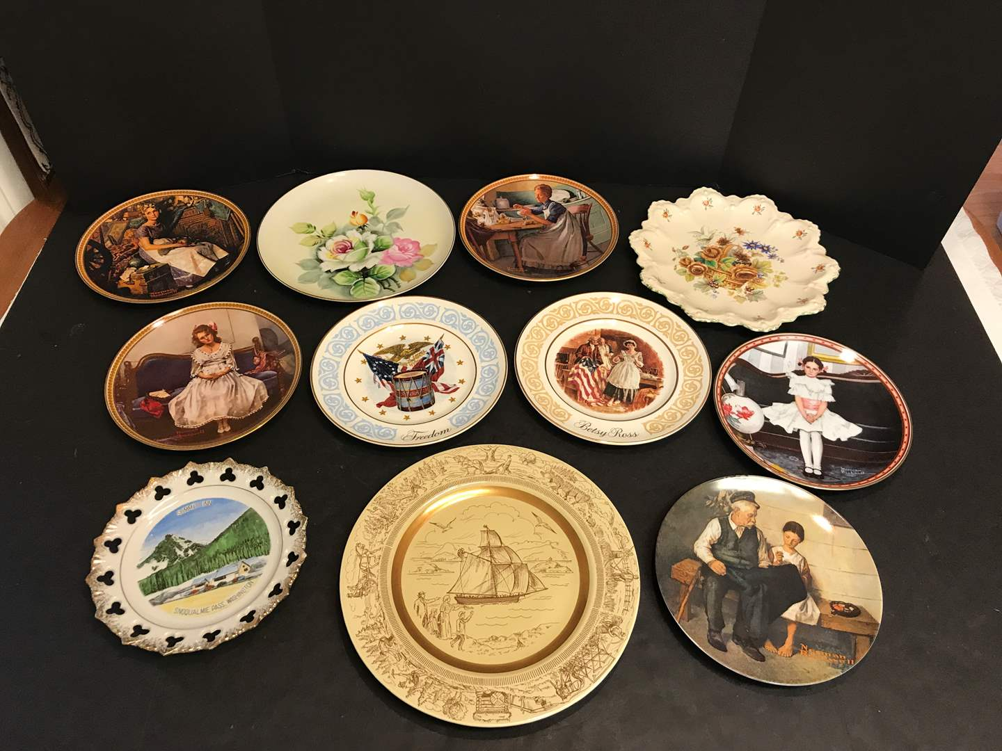 Lot # 64 - Lot of Collectors Plates Some Norman Rockwell & More (main image)