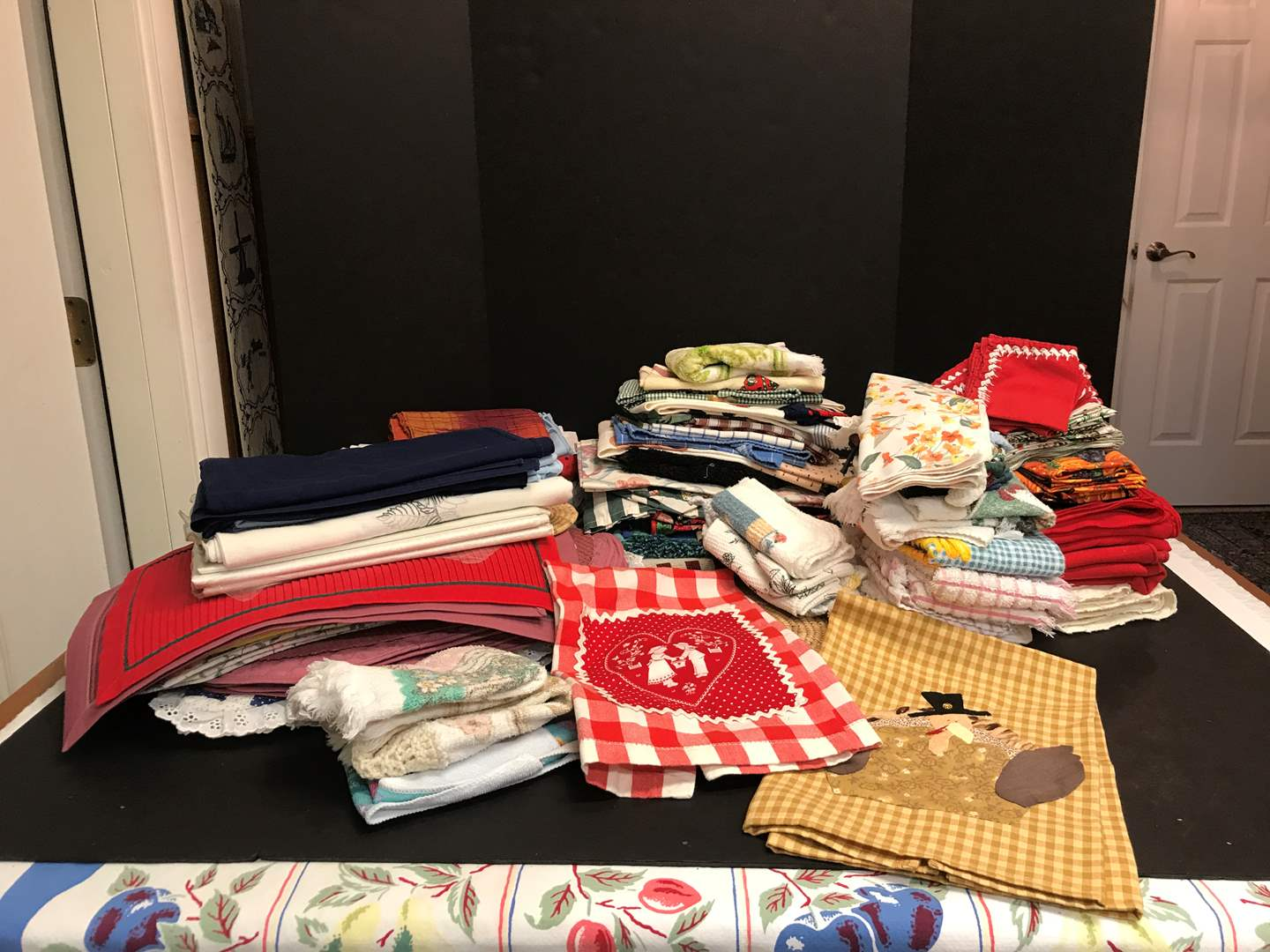 Lot # 66 - Lot of Table Clothes, Dish Towels, Cloth Napkins (Some Handmade) (main image)