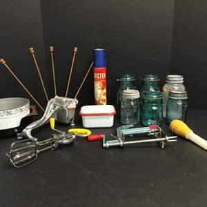 Lot # 70 - Ball Jars, Cute Enamel Tin, Apple Peeler & Ziploc Drying Rack
