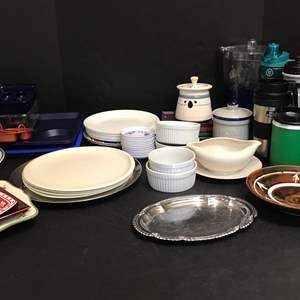 Lot # 76 - Lot of Misc. Kitchen Items: Corelle Plates, Plastic Plates & Water Bottles, Bowls & More