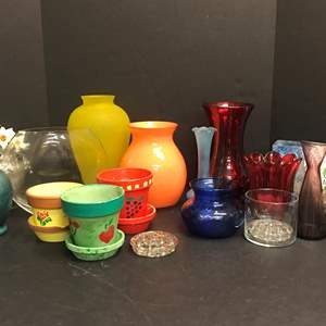Lot # 87 - Lot of Vases of Various Sizes & Flower Frogs