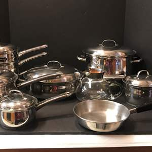Lot # 138 - Belgique Pots & Pans