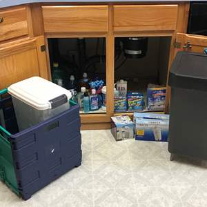 Lot # 140 - Small Selection of Cleaning Solutions, Britta Water Filters, Trash Bin & Cart