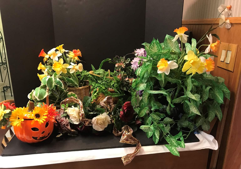 Lot # 141 - Lot of Faux Flower Arrangements  (main image)
