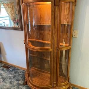 Lot # 3 - Vintage/Antique Oak Curved Glass 3-Door Lighted Curio Cabinet