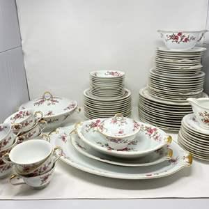 """Lot # 35 - Beautiful 90 pc. Set of Meito China """"Blossom"""" Pattern"""