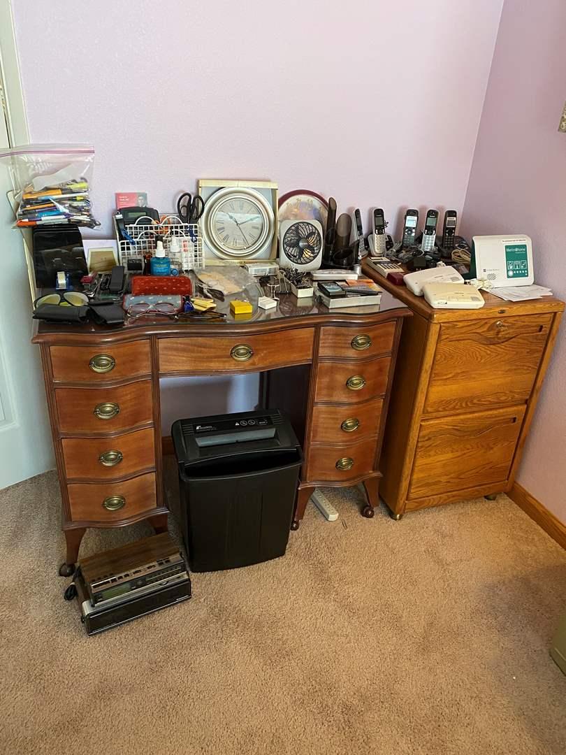 Lot # 125 - Fellowes Paper Shredder, Office Supplies, Cordless Phones, Clocks, & More (main image)