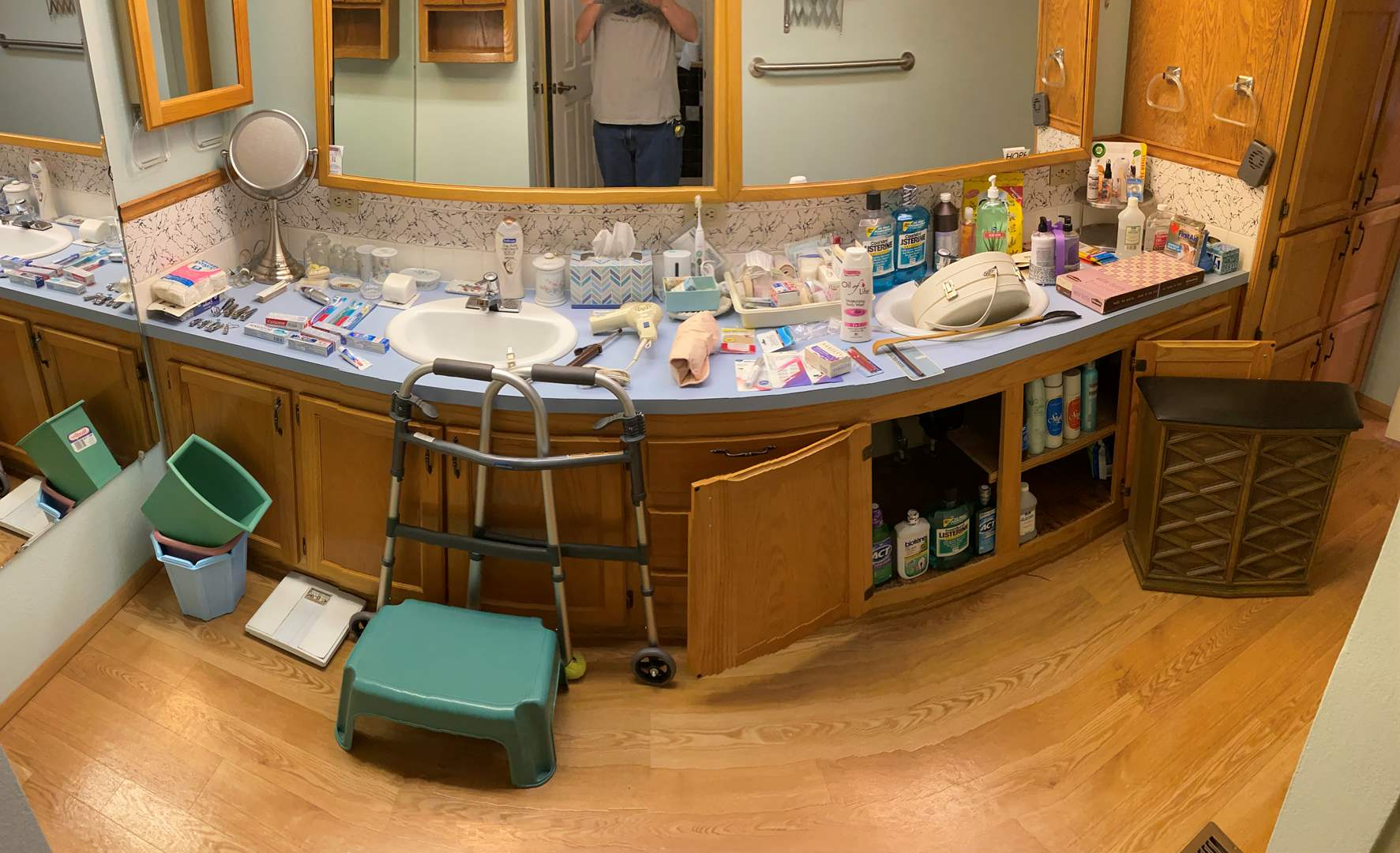 Lot # 171 - Bathroom Contents: Vintage Hamper, Adult Diapers, Mouth Washes, Toothpaste, Sonicare Toothbrush, First Aid & More (main image)