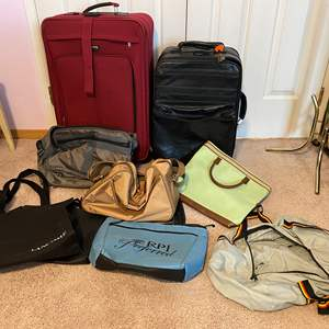 Lot # 172 - Luggage & Handbags