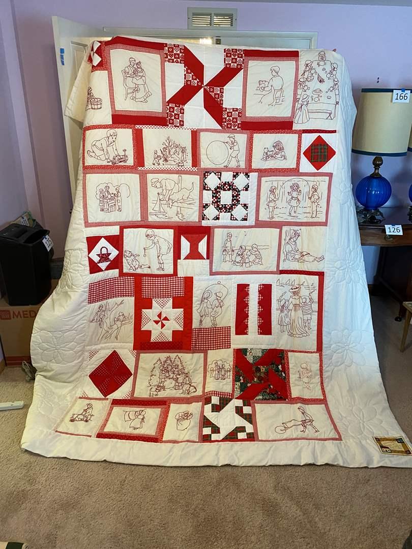 Lot # 175 - Beautiful Handmade Quilt (main image)