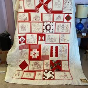 Lot # 175 - Beautiful Handmade Quilt