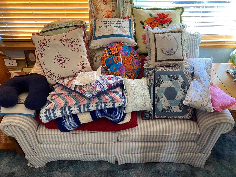 Lot # 185 - Handmade Throw Pillows & Blankets (main image)