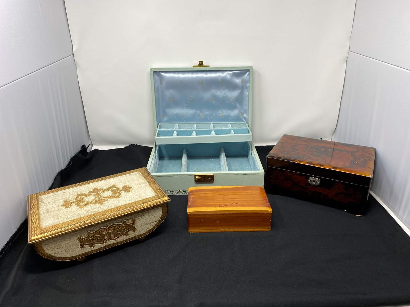 Lot # 200 - Vintage Jewelry Music Boxes (main image)