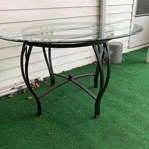 Lot # 259 - Metal Patio Table w/ Beveled Glass Top