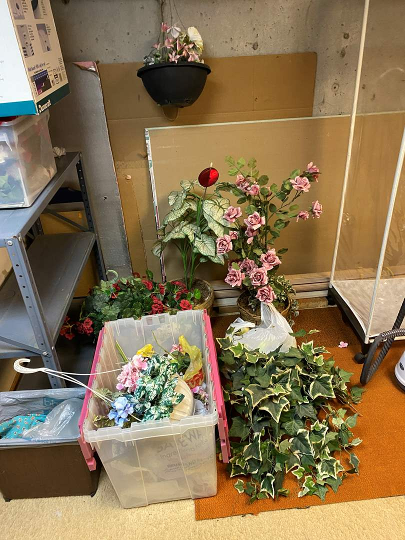 Lot # 282 - Misc. Selection of Faux Plants & Flowers (main image)