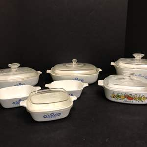 Lot # 52 - Selection of Corning Ware Baking Dishes of Various Sizes