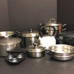 Lot # 55 - Lot of Pots & Pans, Strainers, Roasting Pan
