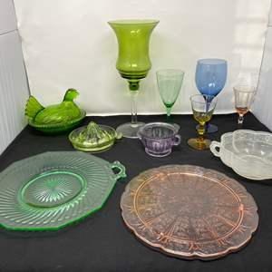 Lot # 102 - Awesome Selection of Vintage/Antique Colored Glass