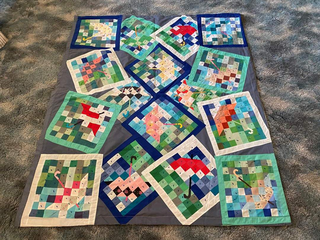 Lot # 186 - Awesome Small Handmade Quilt  (main image)