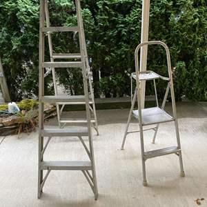 Lot # 257 - Five Foot Aluminum Step Ladder, Aluminum Step Stool
