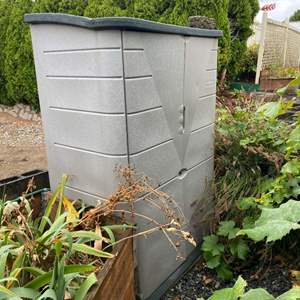 Lot # 290 - Rubbermaid Storage Shed w/ Misc. Yard Tools