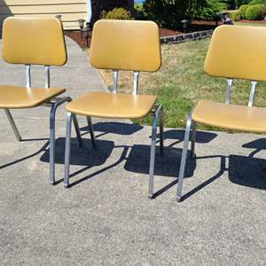 Lot # 32 MCM Office Style Chairs