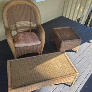 Lot # 103 Outdoor Furniture