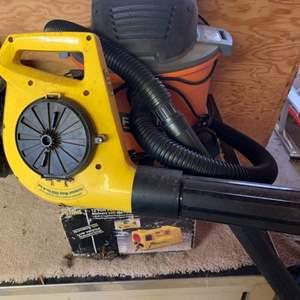 Lot # 117 Rigid 6 Gallon Shop Vacuum, Portable Car Air Compressor & Leaf Blower