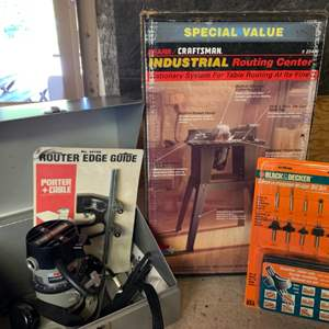 Lot # 118 Porter Cable Router & Craftsman Industrial Routing Center + Bits