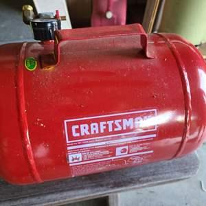 Lot # 125 Craftsman 5 Gallon Portable Air Tank