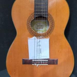 Lot # 23 Suzuki Violin Co. Acoustic Guitar