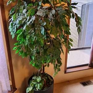 Lot # 96 Faux Tree