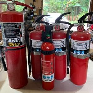 Lot # 114 Lot of 5 Medium & Large Fire Extinguishers