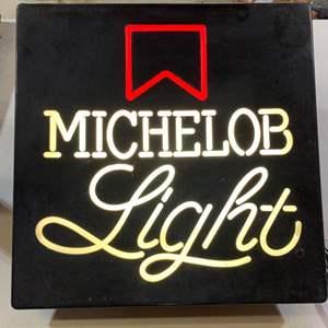 Lot # 119 Michelob Light Sign ~ Lights Up!