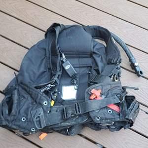 Lot # 152 Zeagle Ranger BCD Scuba Jacket