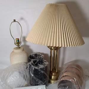Lot # 180 Lamps & Light Fixtures