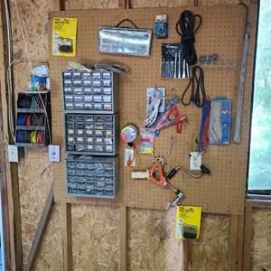 Lot # 233 Hardware & Tools #1