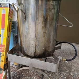 Lot # 254 32 Quart Stainless Cooking Kit w/Burner, Tanks & More