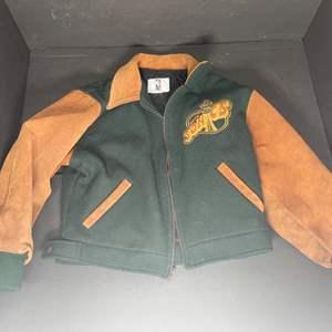 Lot # 267 Vintage Seattle Sonics Jacket