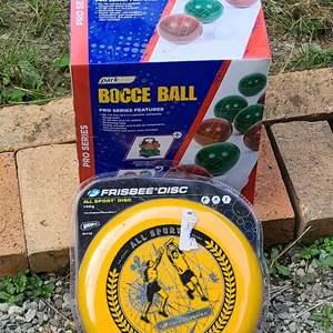 Lot # 283 Bocce Ball & Frisbee