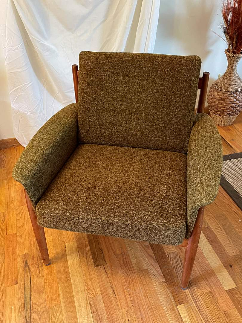 Lot # 3 - France and Son Mid Century Modern Dark Green Lounge Chair (main image)