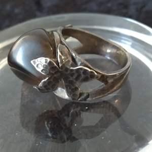 Lot # 31 - Vintage Sterling Silver/Agate Ring